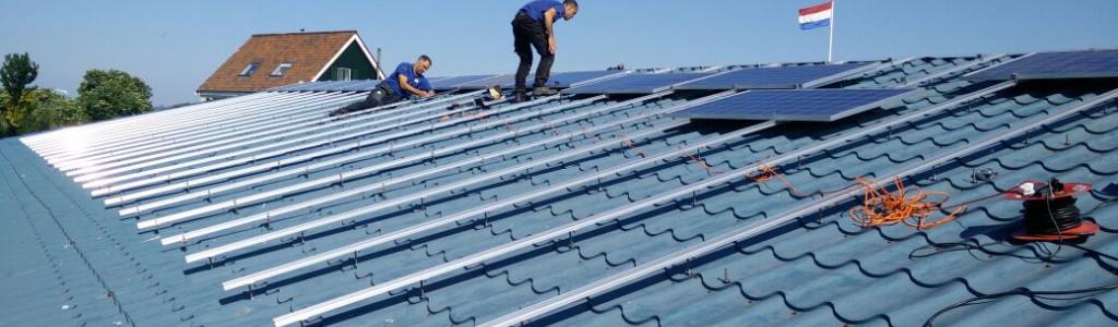 zonnepanelen op zelfvoorzienend pampus