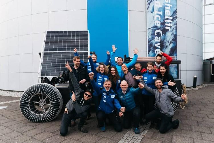 Puur Pampus Clean2Antarctica Solar Voyager