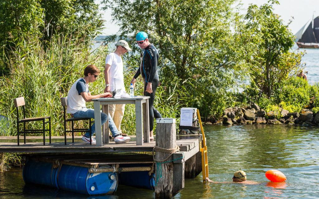 Zwemevenement Rondje Pampus op het forteiland
